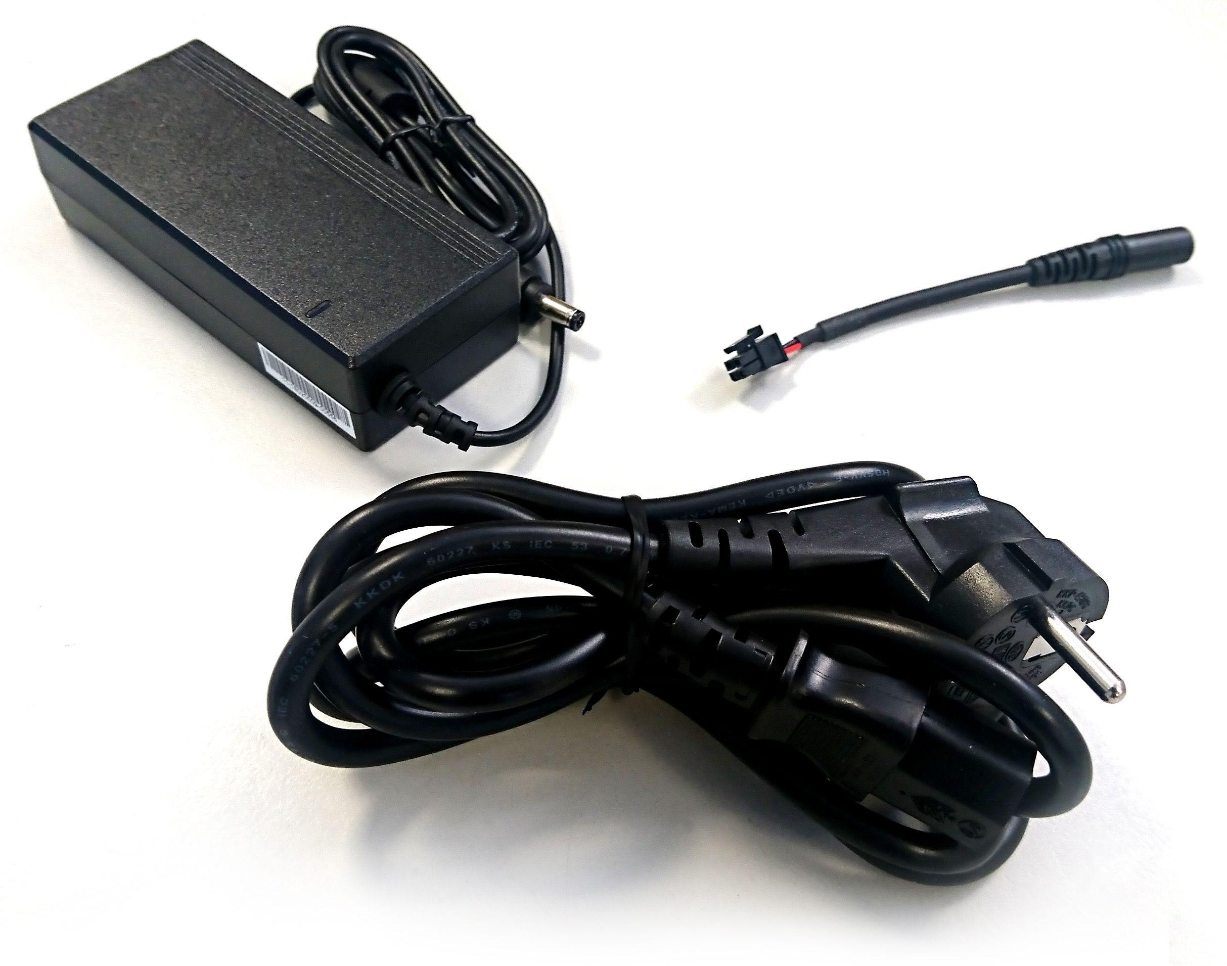 Selfsat SNIPE 3 220V/230V Netzteil (Adaptor Kit)